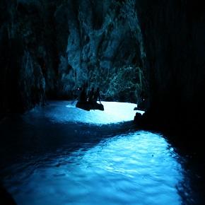 Blue cave vis antropoti yachts croatia 290x290