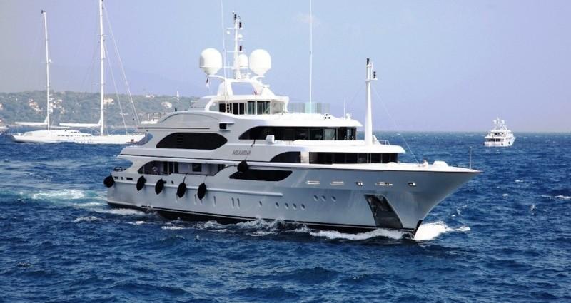 Antropoti Yachts Benetti 195