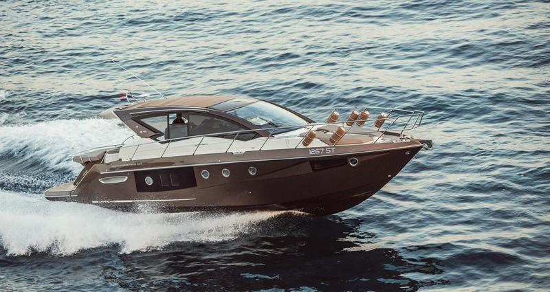 Motor_yacht_Cranchi_M44HT_yacht_charter_yacht_concierge_service_croatia_antropoti (1)
