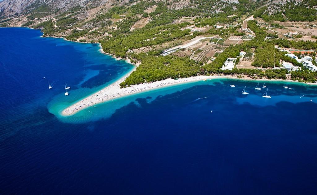 antropoti-yachts-croatia-party-sailing-brac-island-bol