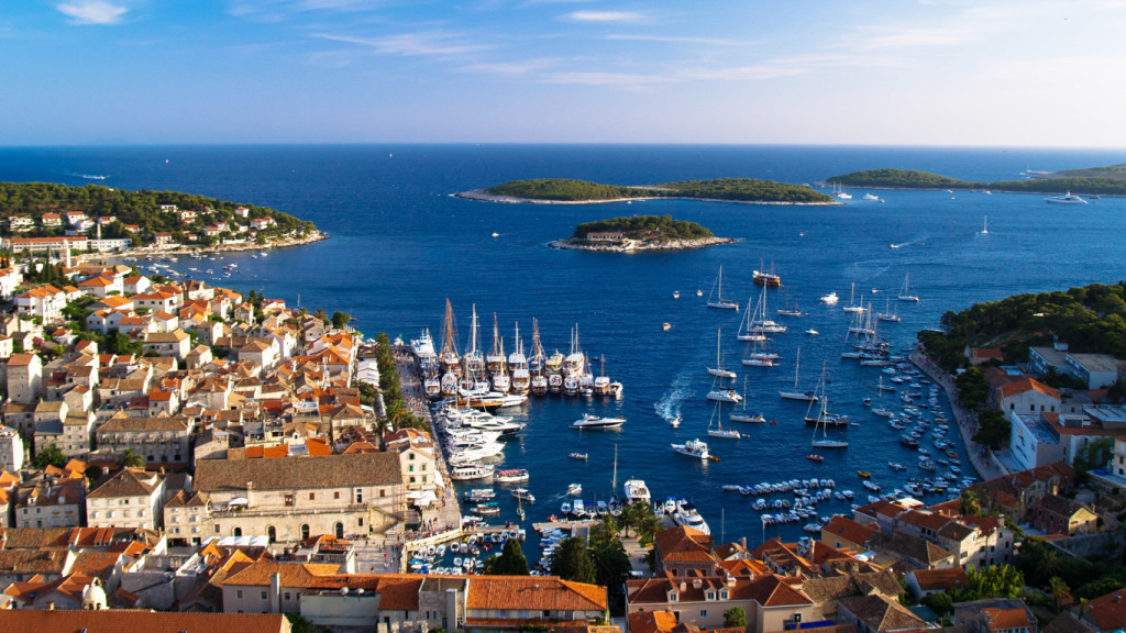 antropoti-yachts-croatia-party-sailing-hvar