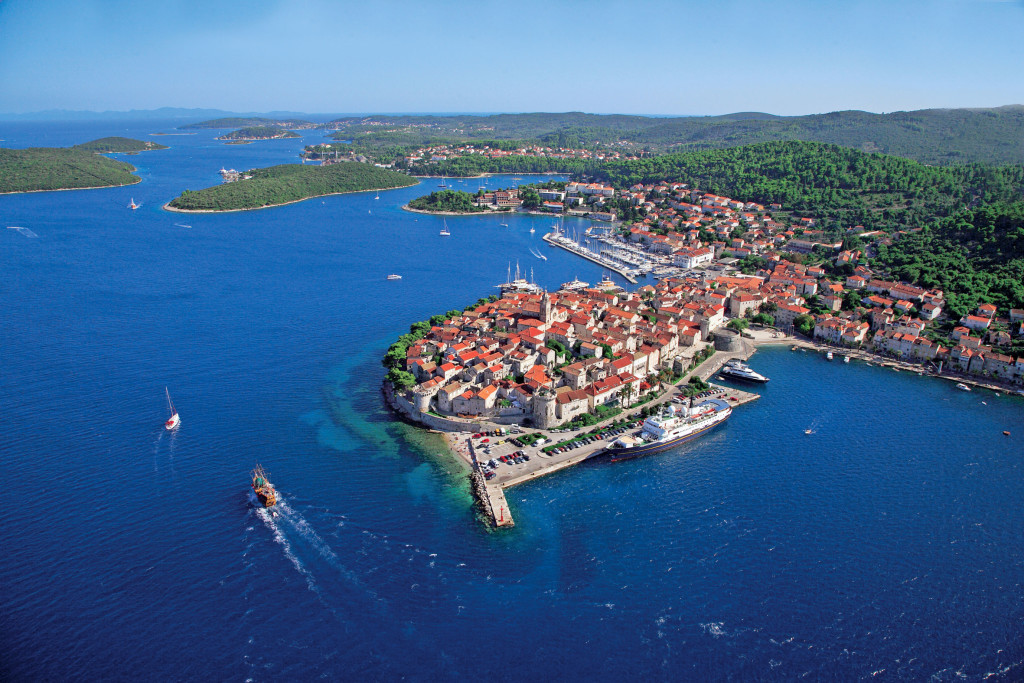 antropoti-yachts-croatia-party-sailing-korcula