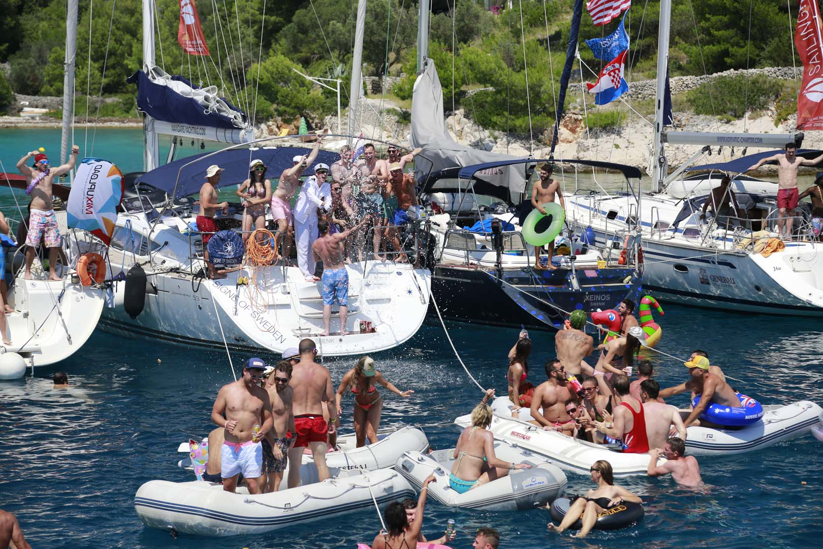 yachts_croatia_route_vis_island_party_sailing