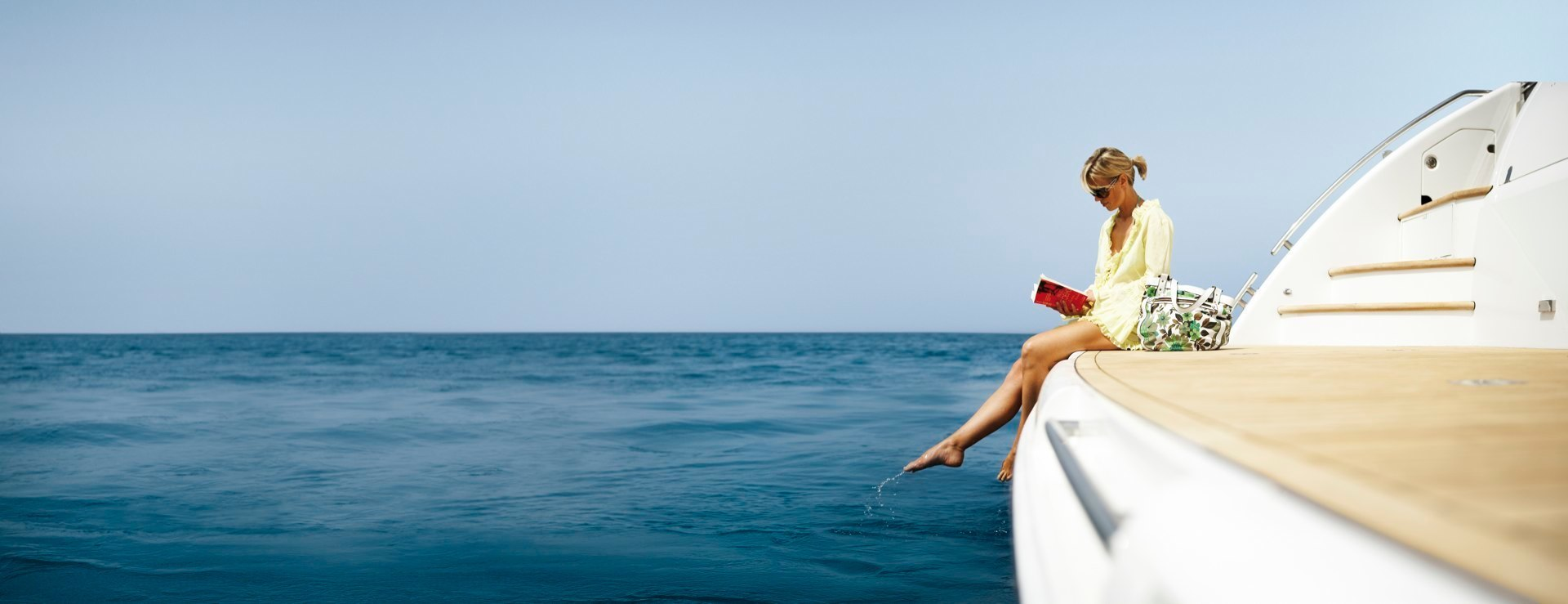 Antropoti-Yachts-girl-yacht