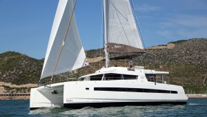 Bali-5 .4-catamaran-antropoti-yachts-1