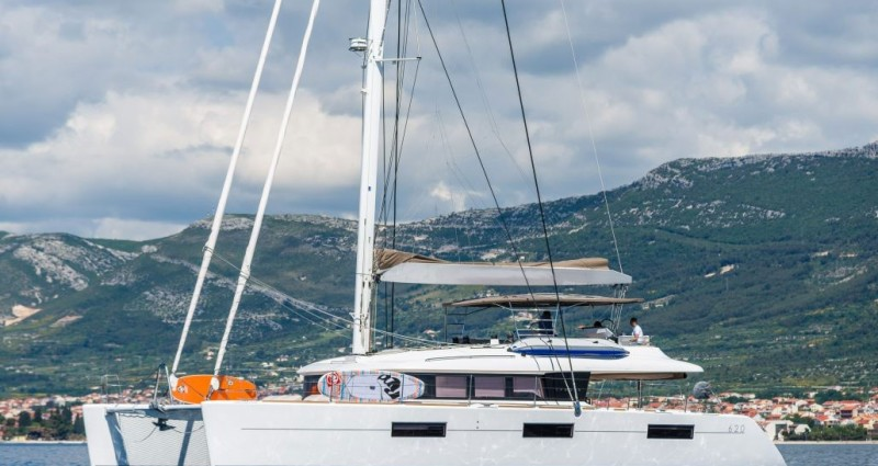 lagoon_620_2017_antropoti_yacht_concierge (1)