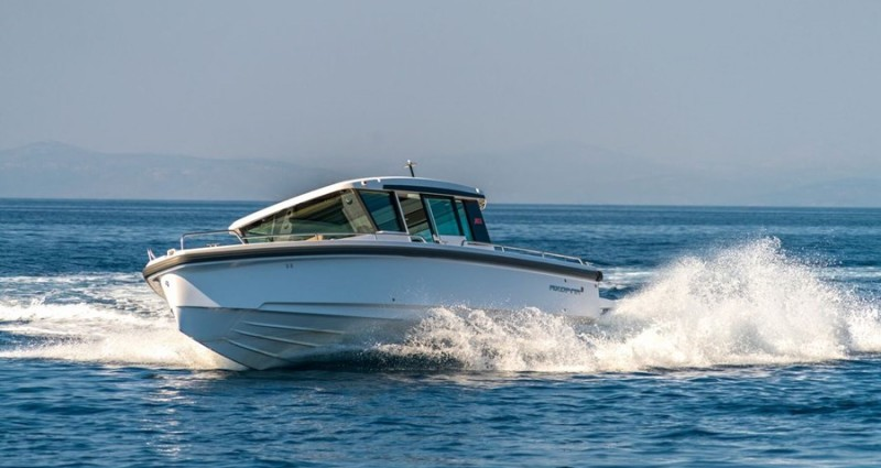 motor-yachts-axopar-37-2019-antropoti-concierge (1)